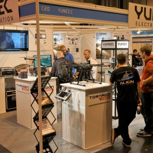 Yuneec stand